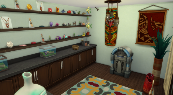 Beach gift shop--like any good boardwalk gift shop, pick up Sulani souvenirs and kids stuff you forgot to pack
